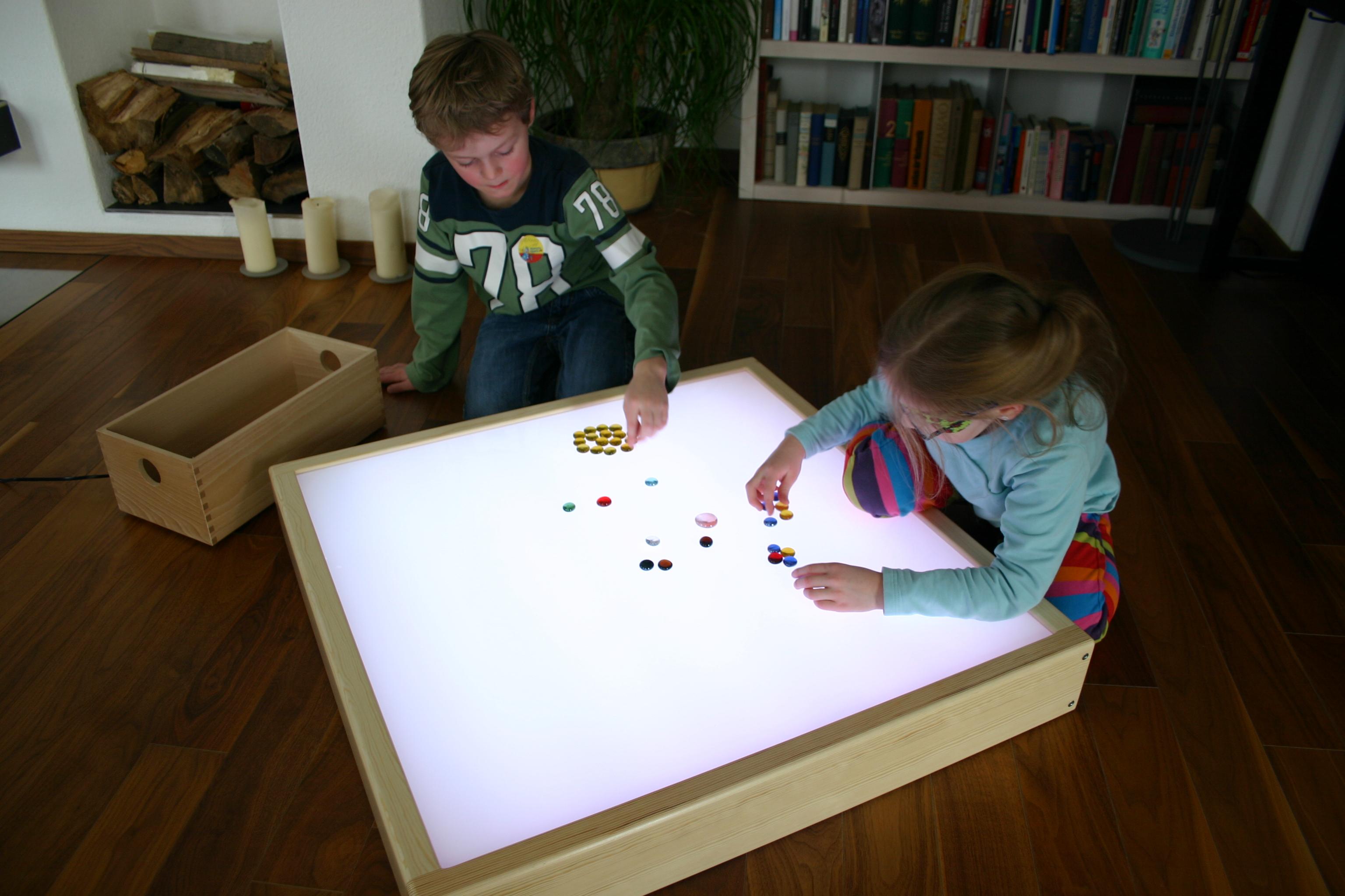 table beistelltisch new glory 70 cm kupfer rund couchtisch leuchttisch 80x80 licht und farbe. Black Bedroom Furniture Sets. Home Design Ideas